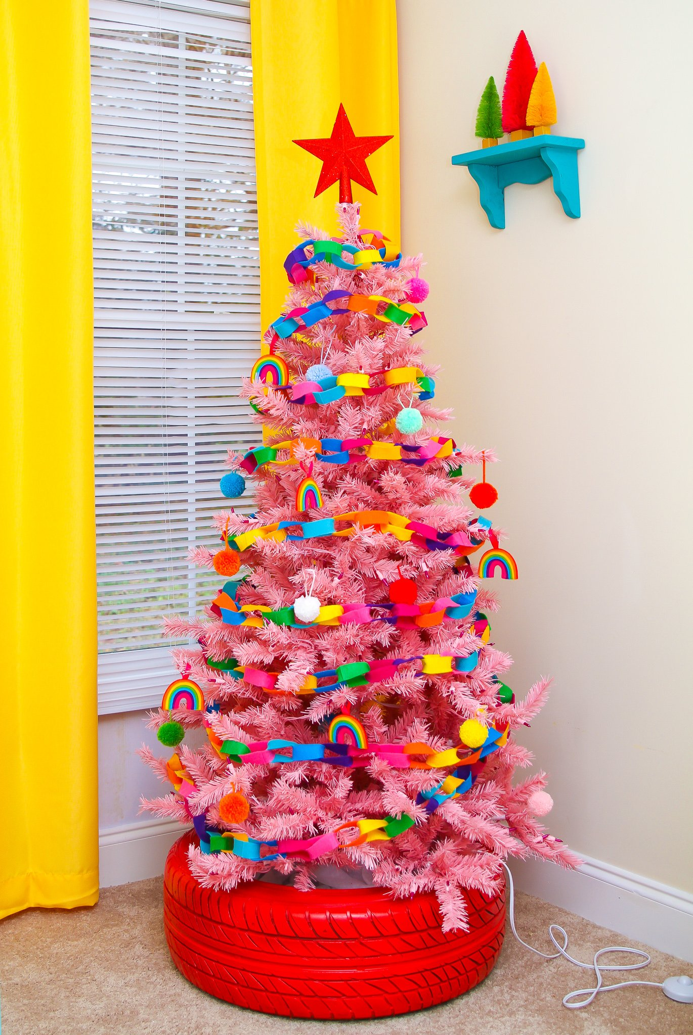 Colorful Christmas Tree Images.Bright Colorful Christmas Trees Ideas To Make Them Lively